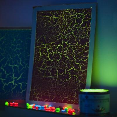 Создание светящихся трещин при помощи краски Кракелюр